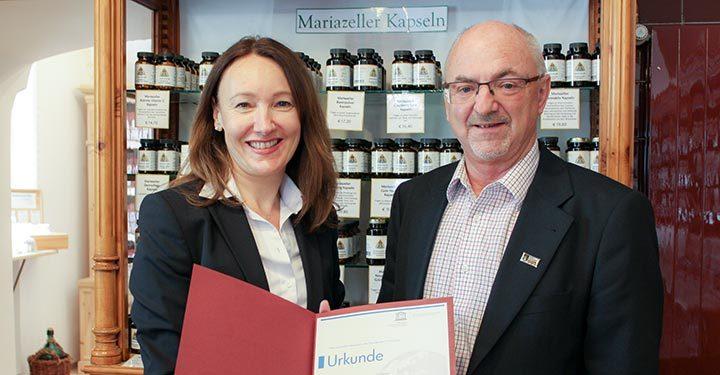 """Apotheke """"Zur Gnadenmutter"""" in Mariazell UNESCO Kulturerbe"""